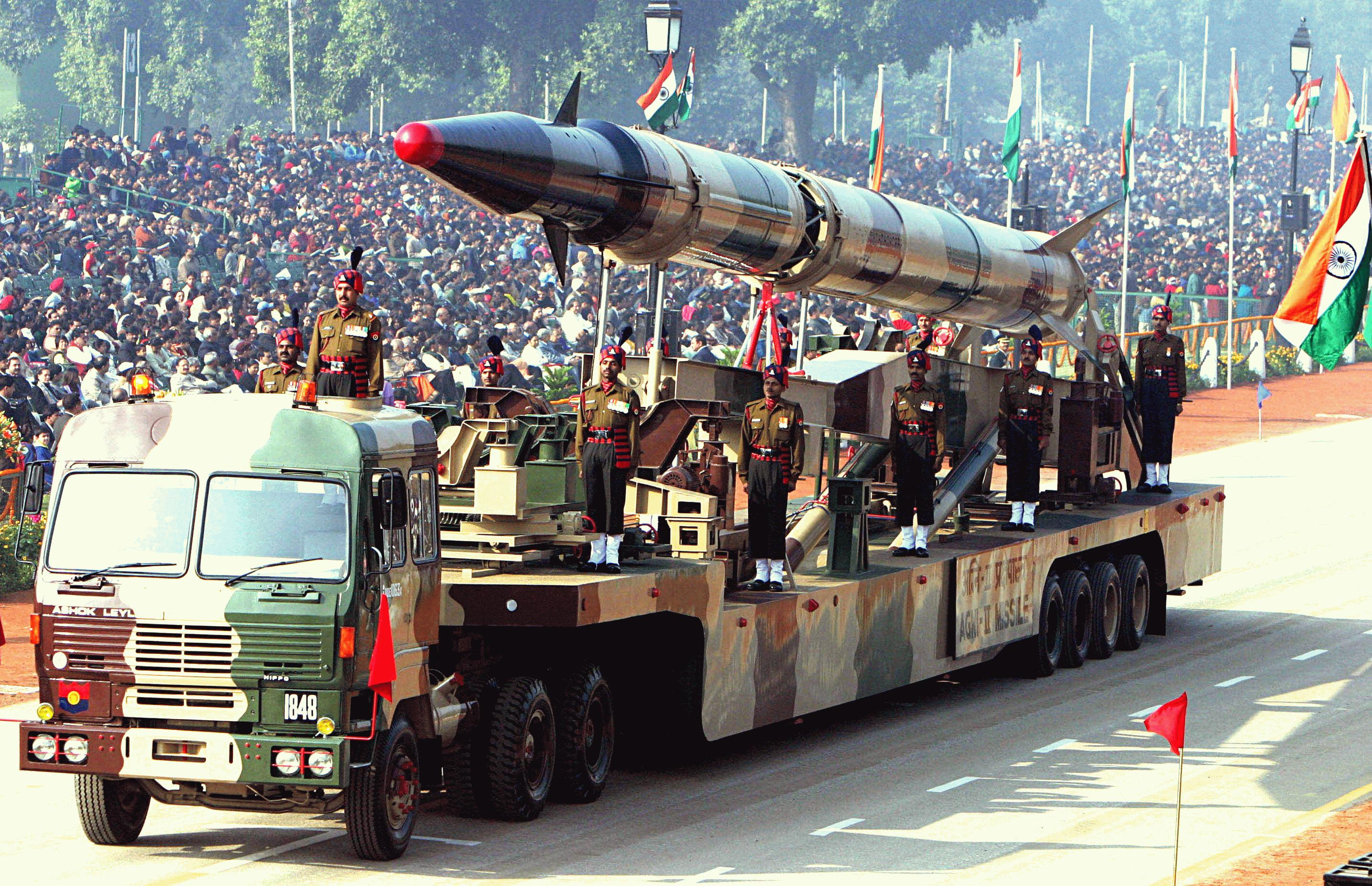 Agni II missile  Republic Day Parade 2004 1